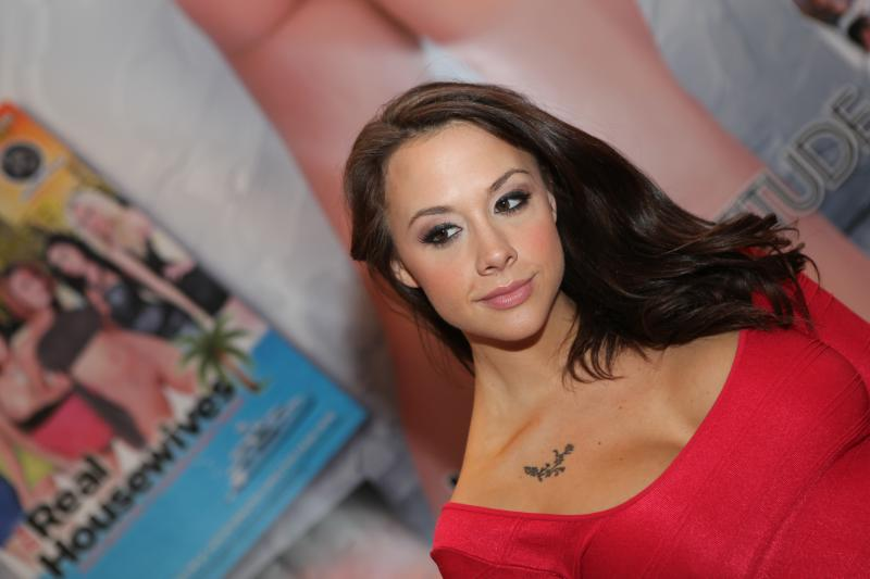 Chanel_Preston_at_AVN_Adult_Entertainment_Expo_2012_(1)