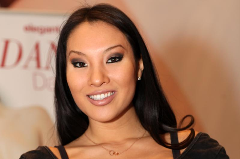 Asa_Akira_AVN_Adult_Entertainment_Expo_2013