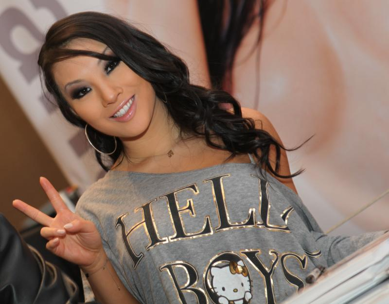 Asa_Akira_at_AVN_Adult_Entertainment_Expo_2012