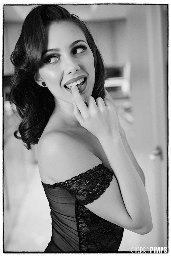Jenna Sativa in lace