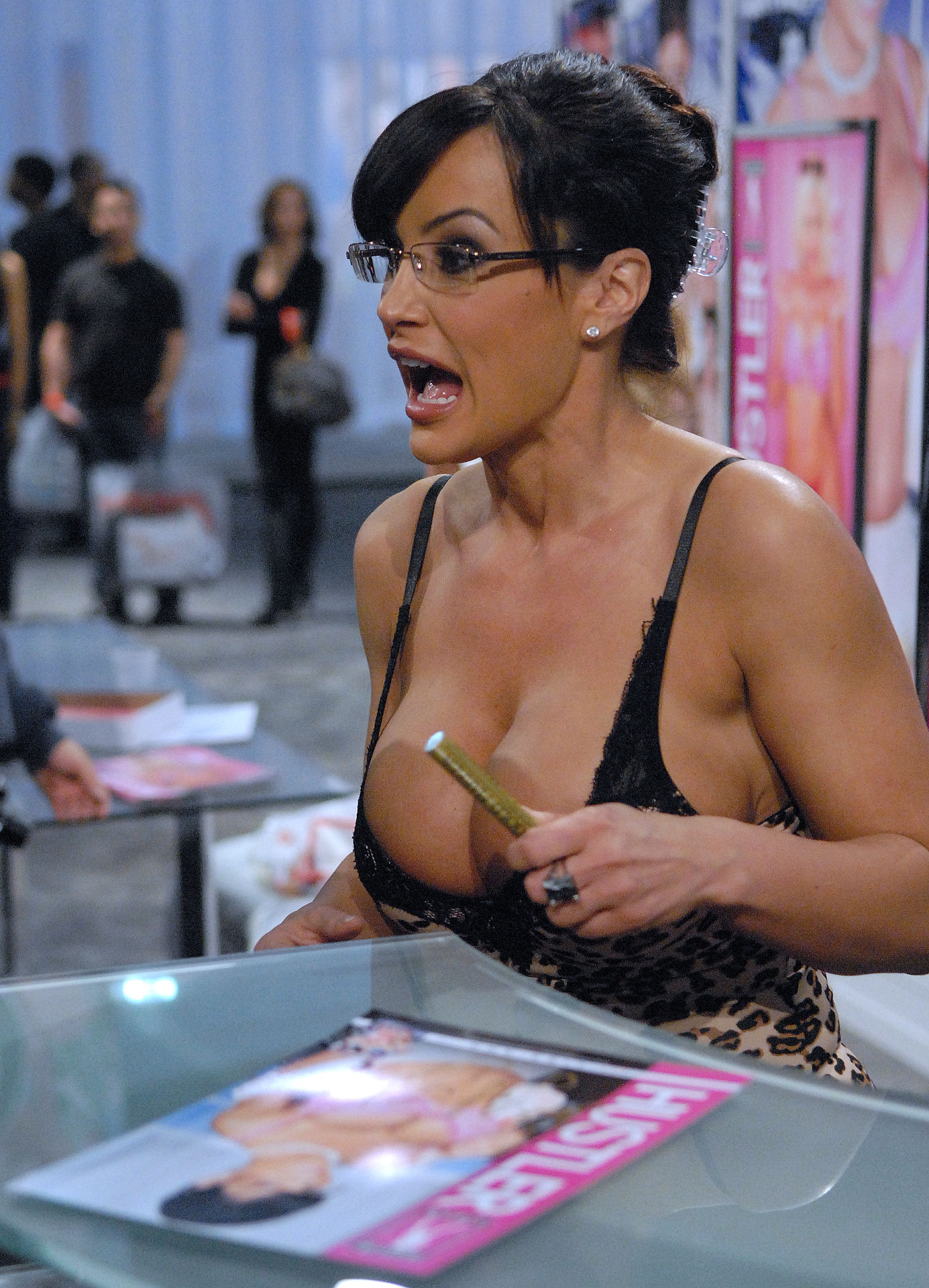 Lisa_Ann_AVN_Adult_Entertainment_Expo_2010