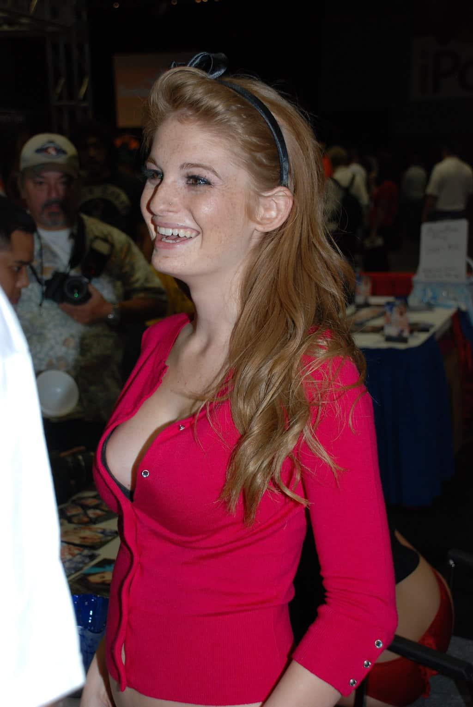 Faye_Reagan_Erotica_Los_Angeles_2009_(5)