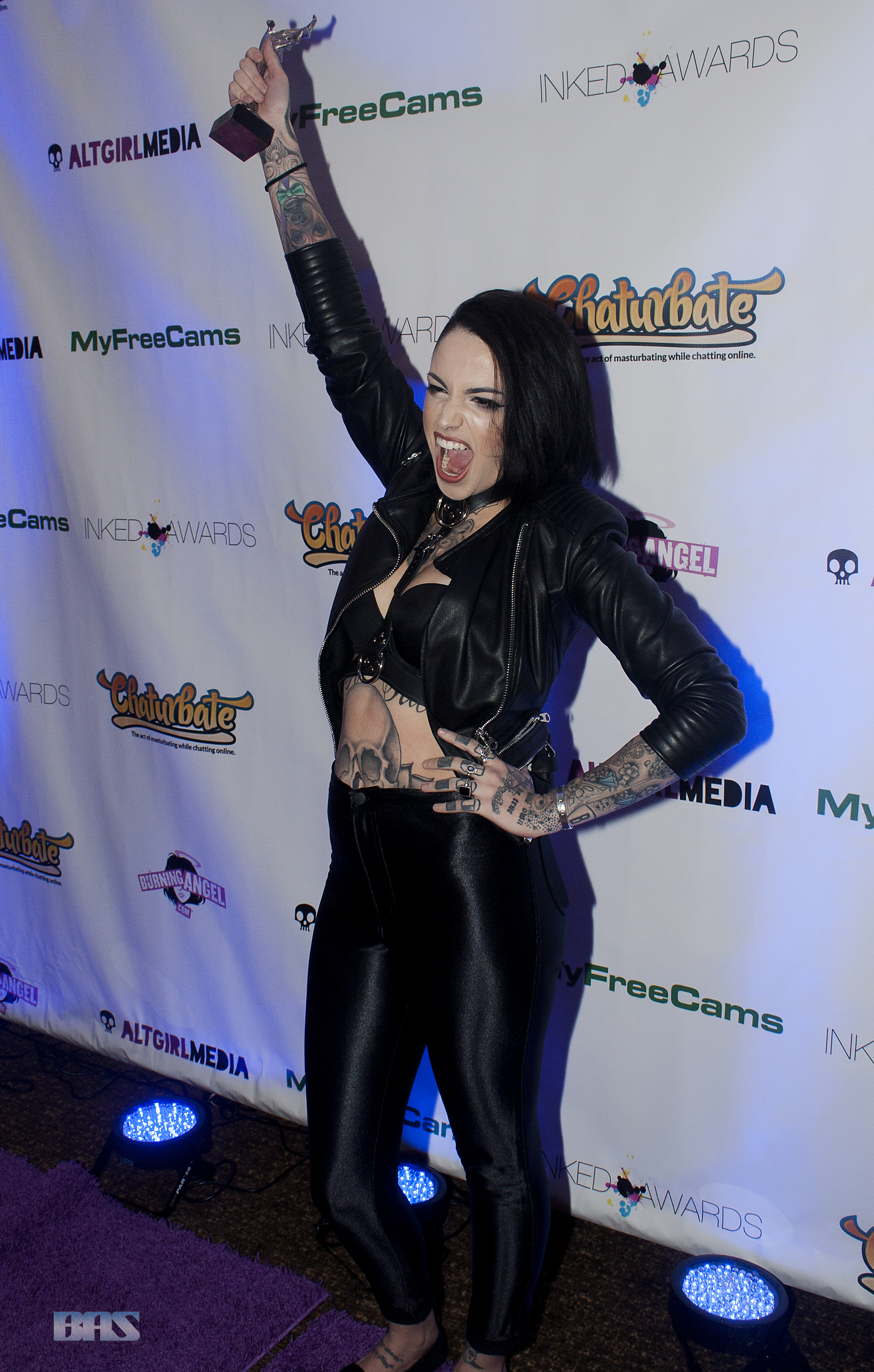 Leigh_Raven_at_Inked_Awards_2016_(31144360393)