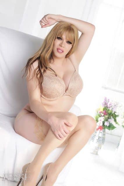 Jesse Flores XXXBios - Big tits blonde Jesse Flores in sexy gold cream lacy lingerie, lace stockings and high heels - TS-Jesse.com Jesse Flores porn pics sfw
