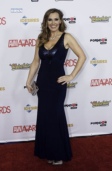 Tanya_Tate_at_AVN_Awards_2016_(26066155314)