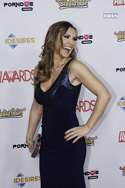 Tanya_Tate_at_AVN_Awards_2016_(26606385001)
