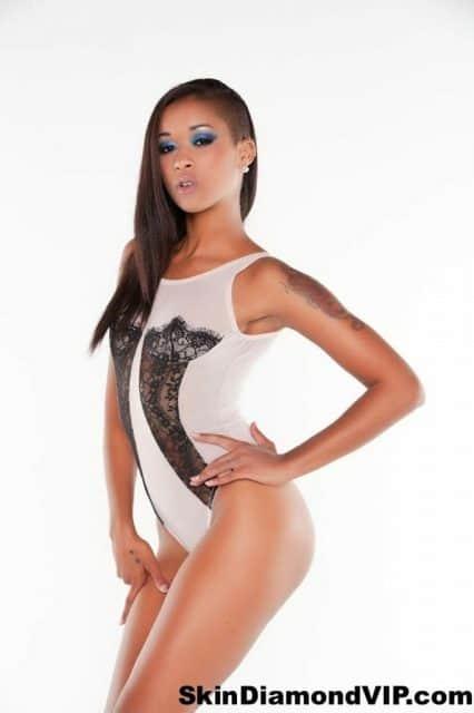 Skin Diamond AdultWebcamSites - Hot all natural tattoos pornstar Skin Diamond in sexy black lace and white lingerie bodysuit and tan high heels - Official Website SkinDiamondVIP.com Skin Diamond porn pics sfw