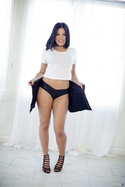 Brunette Porno 2021