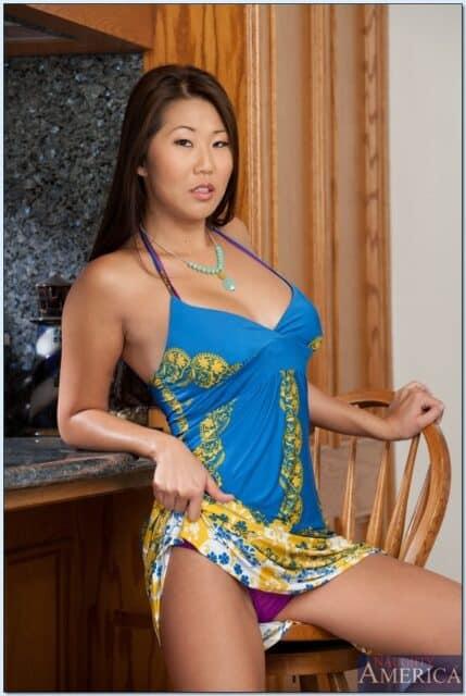 Top Korean pornstars AdultWebcamSites - Sexy Korean porn star Beti Hana porn pics sfw