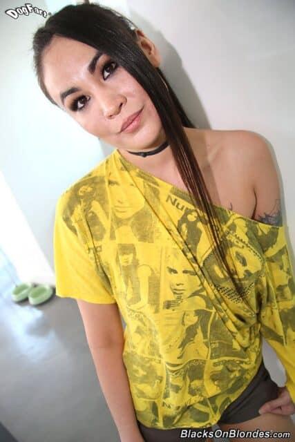 Top Korean pornstars AdultWebcamSites - Hot Korean porn star Jade Hsu porn pics sfw