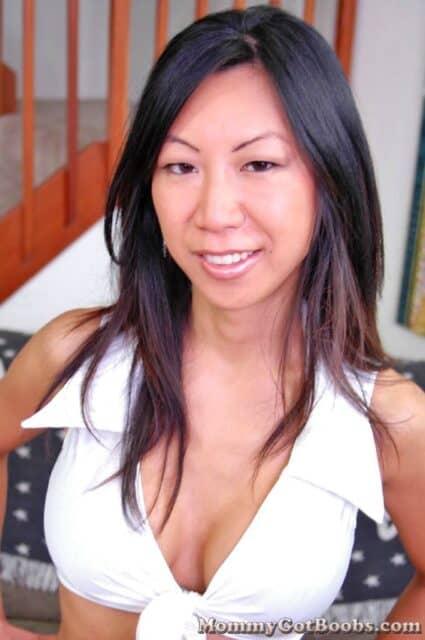 Top Korean pornstars AdultWebcamSites - Korean porn star Tia Ling porn pics sfw