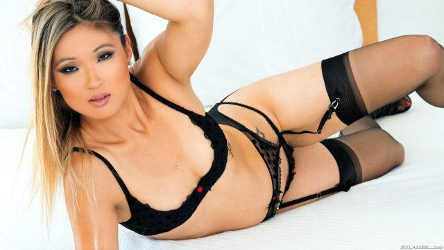 Top fit and athletic pornstars AdultWebcamSites - Top fit and athletic porn star Nyomi Star porn pics sfw