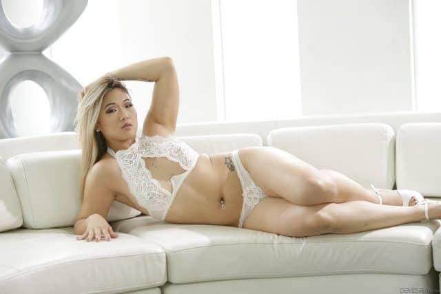 Top Asian pornstars AdultWebcamSites - Asian porn star Nyomi Star