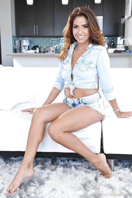 Top Latina Pornstars AdultWebcamSites - Latina pornstar Isabella DeSantos pics
