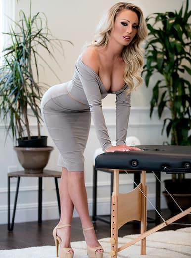 Top Blonde Pornstars AdultWebcamSites - Blonde porn star Isabelle Deltore pics