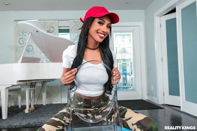 Alexis Avery AdultWebcamSites - Alexis Avery in red baseball cap, white tshirt and green and khaki camoflauge pants - Reality Kings Alexis Avery porn pics - Alexis Avery Thicker The Berry Sweeter The Juice sfw pics
