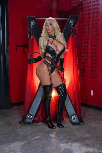 Top Brazzers pornstars AdultWebcamSites - Brazzers porn star Nicolette Shea pics
