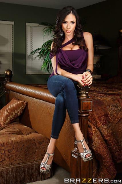 Top Latina Pornstars AdultWebcamSites - Latina pornstar Ariella Ferrera pics