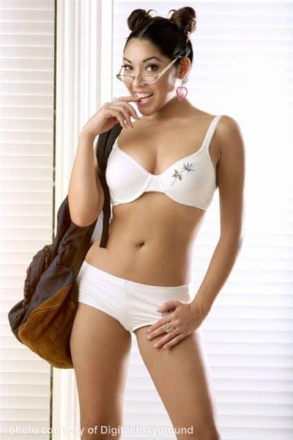 Top Japanese pornstars XXXBios - Japanese porn star Nautica Thorn pics - Nautica Thorn DP pics