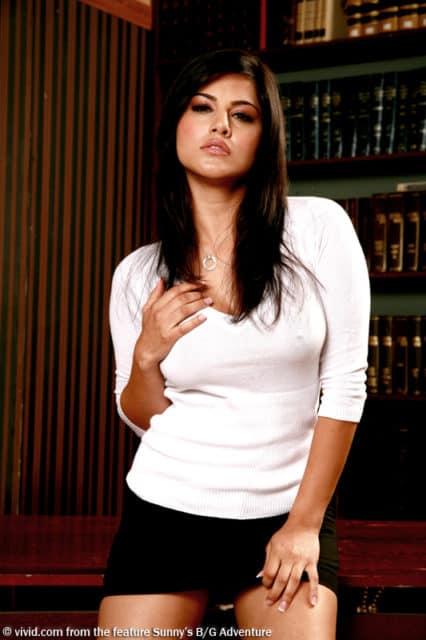 Sunny Leone sexy librarian - Sunny Leone hardcore movie