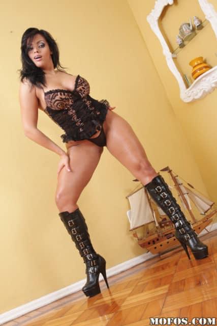 Hot Brazilian pornstars AdultWebcamSites - Brazilian porn star Regina Rizzi pics
