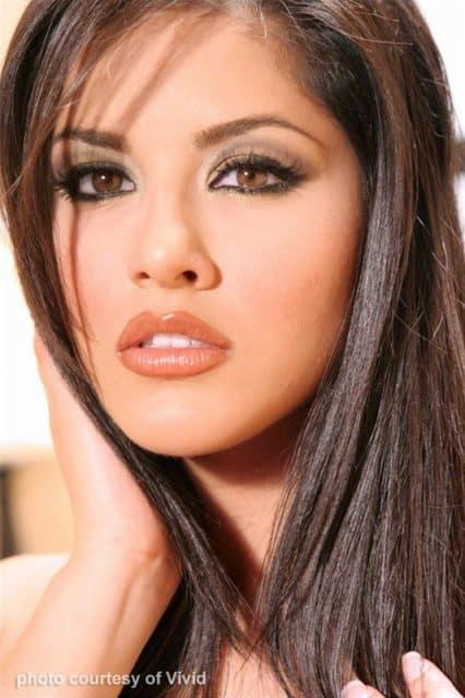 Sunny Leone closeup - Sunny Leone Vivid contract star