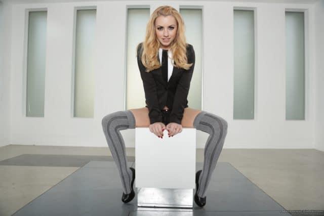 Top blonde pornstars AdultWebcamSites - Blonde pornstar Lexi Belle pics