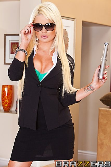 Alexis Ford AdultWebcamSites - Hot busty blonde pornstar Alexis Ford shows off her amazing big tits 32DD boobs in a sexy green top, black blazer and skirt - Men In Black porn parody Babes In Black 2 Brazzers Alexis Ford porn pics sfw