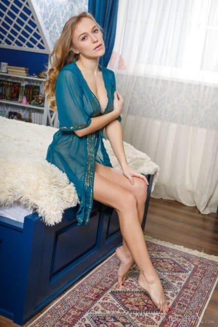 Top Ukrainian pornstars AdultWebcamSites - Ukrainian pornstar Aislin porn pics sfw