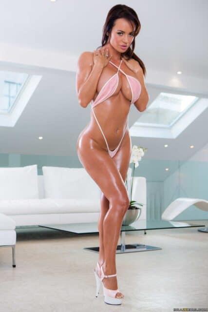 Top fit and athletic pornstars AdultWebcamSites - Fit and athletic pornstar Franceska Jaimes porn pics sfw