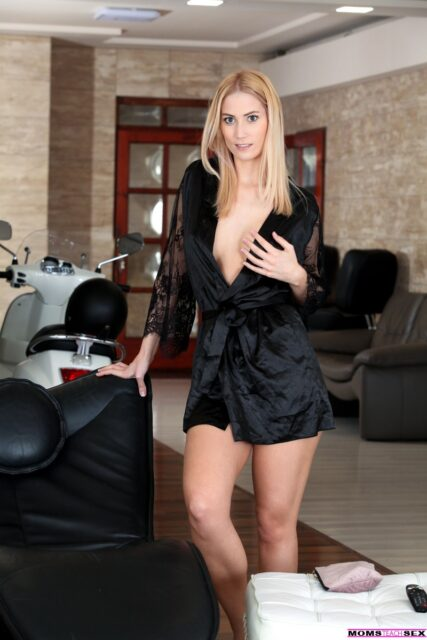 Sharon White XXXBios - Hot tall all natural blonde big booty Hungarian pornstar Sharon White in sexy black silk robe - Nubiles Porn Moms Teach Sex Sharon White porn pics sfw